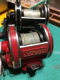 Red Newell R220-5